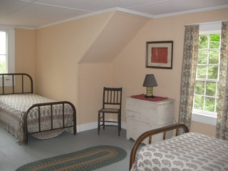 Anchorage, second floor twin bedroom